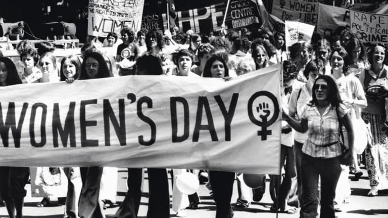 """""""المرأة في القيادة """": شعار يوم المرأة العالمي ، في الثامن من آذار ٢٠٢١ دعوة لتعزيز القيادات النسائية"""